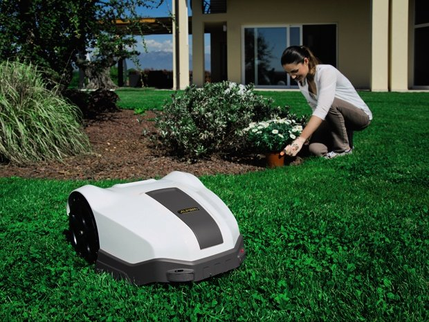 alpina stiga castelgarden m hroboter alpina ar1 500 zum sonderpreis gartentechnik. Black Bedroom Furniture Sets. Home Design Ideas